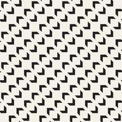 Seamless tracery pattern. Repeated stylized lattice. Symmetric geometric wallpaper. Trellis ethnic motif. Vector illustration