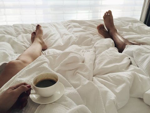 Morning bed couple