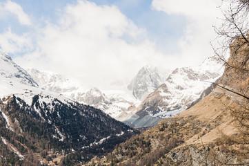 Zermatt, Dorf, Wallis, Alpen, Schweizer Berge, Zmutt, Zmuttgletscher, Schlucht, Furi, Wanderweg, Frühling, Wallis, Frühlingswanderung, Schweiz