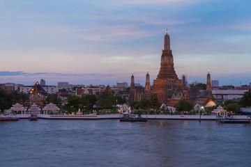 Poster Bangkok Wat arun ratchawararam ratchawaramahawihan called Arun temple at Chao phraya river river front, Bagnkok Thailand Landmark