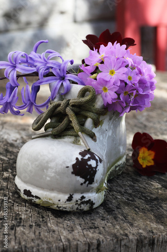 Shabby Chic Im Garten Stock Photo And Royalty Free Images On