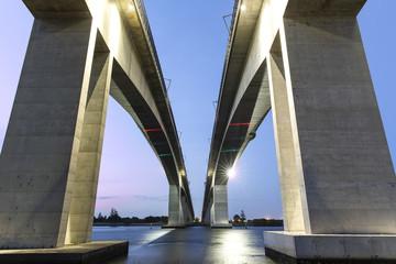 Sunset at Brisbane Gateway Bridge Motorway (Sir Leo Hielscher Bridges)