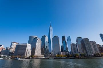 アメリカ・ニューヨークのスカイスクレイパー 青空バック
