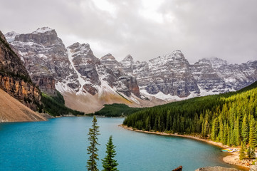 Pathch of sunlight at Lake Moraine