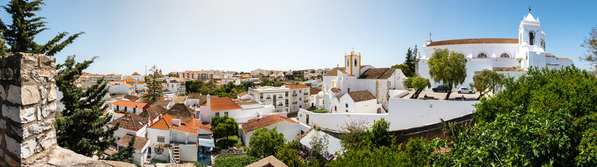Panorama von der Stadt Tavira an der Algarve, Portugal, Europa