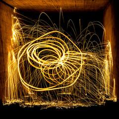 Lichtmalerei mit brennender Stahlwolle
