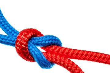 Knoten Verbindung rotes und blaues Seil © Matthias Buehner