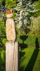 """Kunst im Garten """"Der König"""" - Steiermark, Österreich"""
