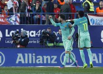 Football Soccer - Atletico Madrid v Barcelona - Spanish La Liga Santander