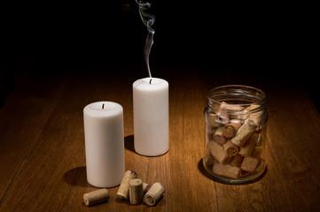 Натюрморт с потухшими свечами и винными пробками