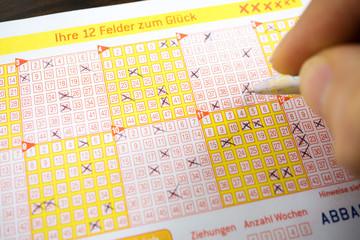 Lotto spielen / Ganzen Lottoschein spielen