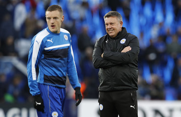 Leicester City manager Craig Shakespeare and Jamie Vardy before the match
