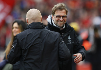 Liverpool manager Juergen Klopp and Burnley manager Sean Dyche before the match