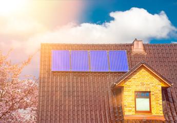 Solaranlage auf einem Einfamilienhaus Solarthermie