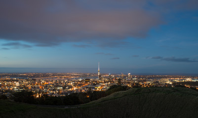 The scenery view of Auckland cityscape at night view from the summit of mount Eden volcano, North Island, New Zealand.