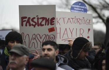 People protest against President Erdogan's referendum in Hamburg