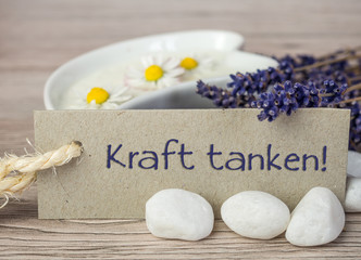 Kraft tanken mit Lavendelcreme