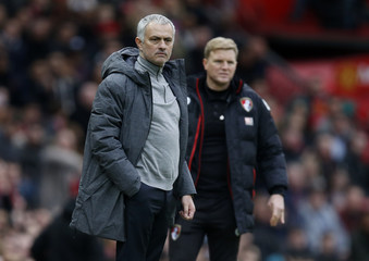 Manchester United manager Jose Mourinho and Bournemouth manager Eddie Howe