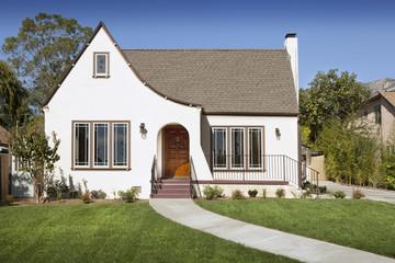 Front exterior of cottage, Pasadena, California, USA