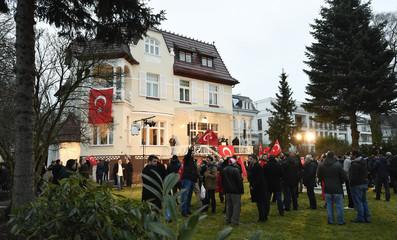 Turks gather to support Turkish President Erdogan's referendum in Hamburg