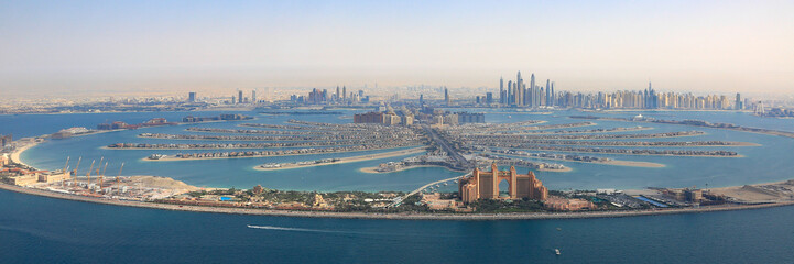 Photo sur cadre textile Palmier Dubai The Palm Jumeirah Palme Insel Atlantis Hotel Panorama Marina Luftaufnahme Luftbild
