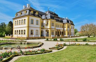 Foto auf Leinwand Schloss Schloss Veitshöchheim mit Hofgarten