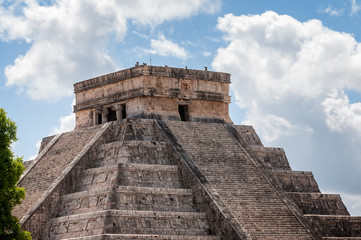 Detail of the top of El Castillo (The Kukulkan Temple) of Chichen Itza, Mayan stepped pyramid in Mexico