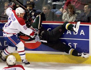 CANADIENS BOUILLON HITS STARS SYDOR.