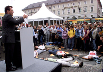 GERMAN FOREIGN MINISTER KINKEL DURING A SPEECH IN KARLSRUHE.