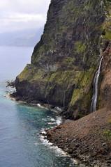 Madeira waterfall, Miradouro do Véu da Noiva