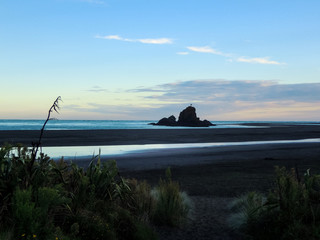 Idyllic Whatipu Beach, New Zealand - Stock Image