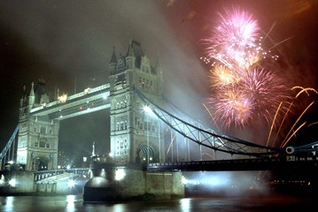 FIREWORKS EXPLODE OVER THE TOWER BRIDGE IN LONDON