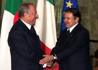 ITALIAN PRESIDENT CARLO AZELIO CIAMPI MEETS ALGERIAN PRESIDENT ABDELAZIZ BOUTEFLIKA.