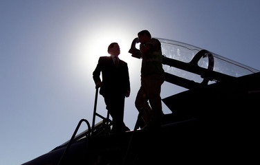 DEFENCE MINISTER ROBERTSON EXAMINES A TORNADO IN KUWAIT.