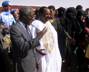UNITED NATIONS' KOFI ANNAN VISITS WESTERN SAHARA.
