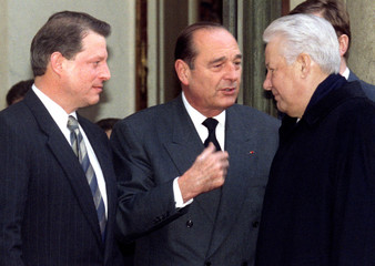 At the Elysee Palace January 11, French President Jacques Chirac (c) speaks with Russian President B..