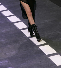 A model wears a creation from TNG's 2008 autumn/winter collection during Fashion Rio Show in Rio