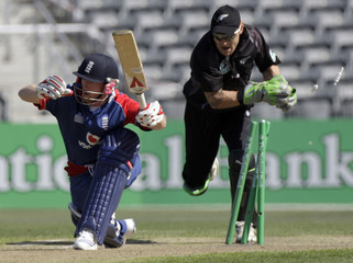 England's Collingwood stumped by New Zealand's McCullum in last match of their five match one-day international cricket series in Christchurch