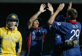 ENGLAND'S GILES AND HUSSAIN CELEBRATE DISMISSING AUSTRALIA'S SYMONDS INWORLD CUP CRICKET ...