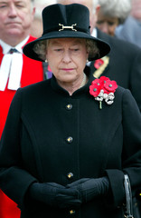 BRITAIN'S QUEEN ELIZABETH LOOKS SOMBRE DURING VISIT TO THE FIELD OFREMEMBRANCE AT WESTMINSTER ABBEY.