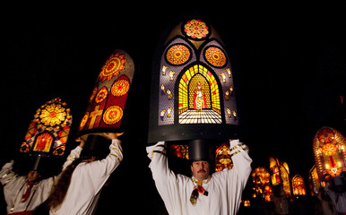 """Villagers dance with  their """"iffelen"""" during the traditional """"Klausjagen"""" procession in Kuessnacht am Rigi"""