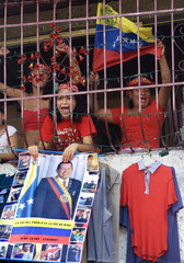 SUPP0RTERS OF PRESIDENT CHAVEZ PROTEST IN CARACAS.