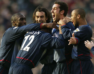 ARSENAL'S EDU CELEBRATES WITH TEAM MATES AFTER SCORING DURING THEIRENGLISH PREMIER LEAGUE MATCH AGAINST ...