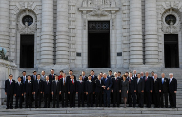 China's and US delegates stand for a group picture at the Strategic Economic Dialogue in Annapolis