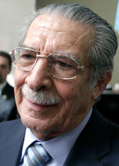 Former Guatemalan President Rios Montt speaks to reporters in court in Guatemala