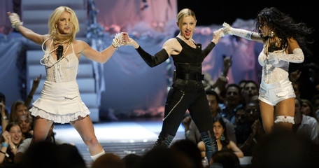 SPEARS MADONNA AND AGUILERA OPEN MTV VIDEO MUSIC AWARDS.