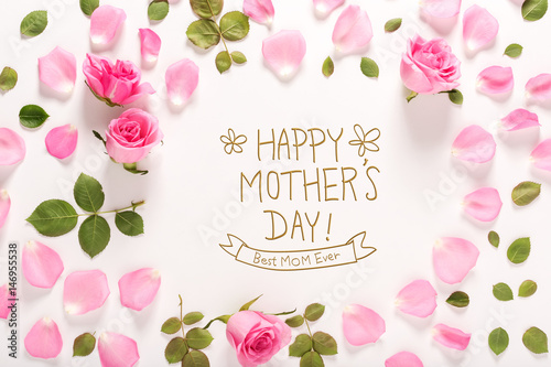 Happy Mother's Day message with roses and leaves