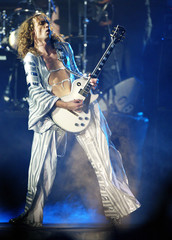 JUSTIN HAWKINS OF THE DARKNESS PERFORMS ON STAGE AT THE MTV EUROPEAWARDS IN EDINBURGH.