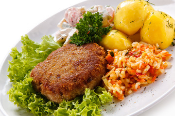 Fried steak with potatoes