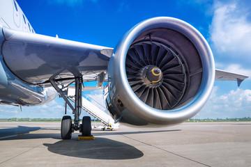 Türaufkleber Flugzeug jet engine